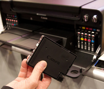 Canon PIXMA PRO-1 - Ink Cartridges are small