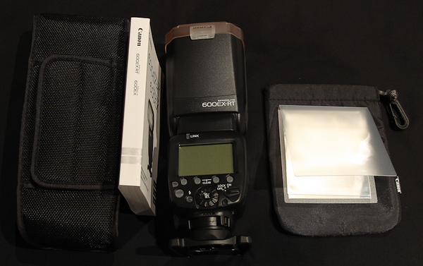 Canon Speedlite 600EX-RT Box Contents